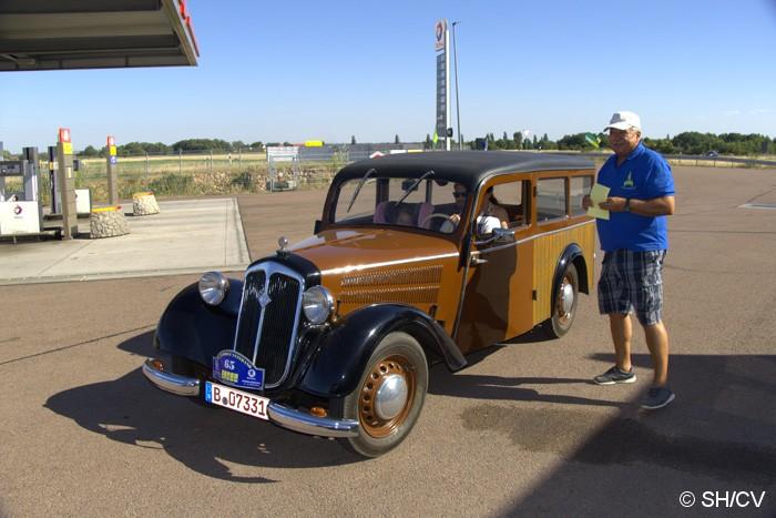 Bild: Zielpunkt der Tagesfahrt mit Kartenabgabe war der neue Total-Autohof in Oppin (b.Halle).